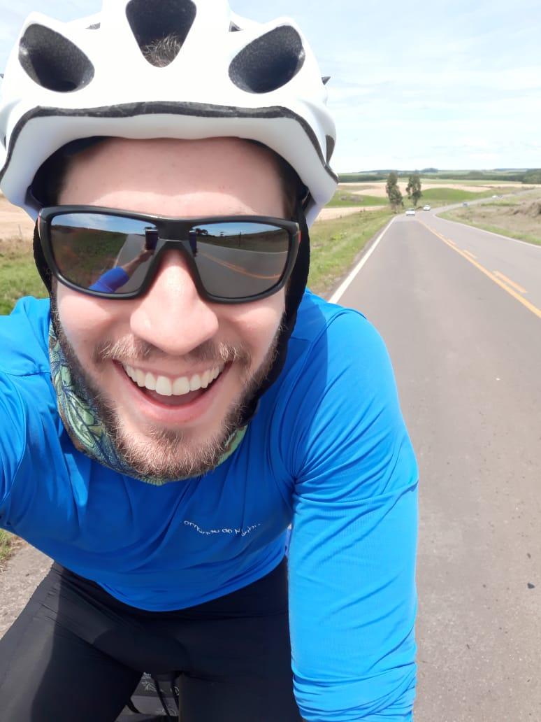 Blogueiro pedalará 3mil km para ajudar pessoas com deficiência física