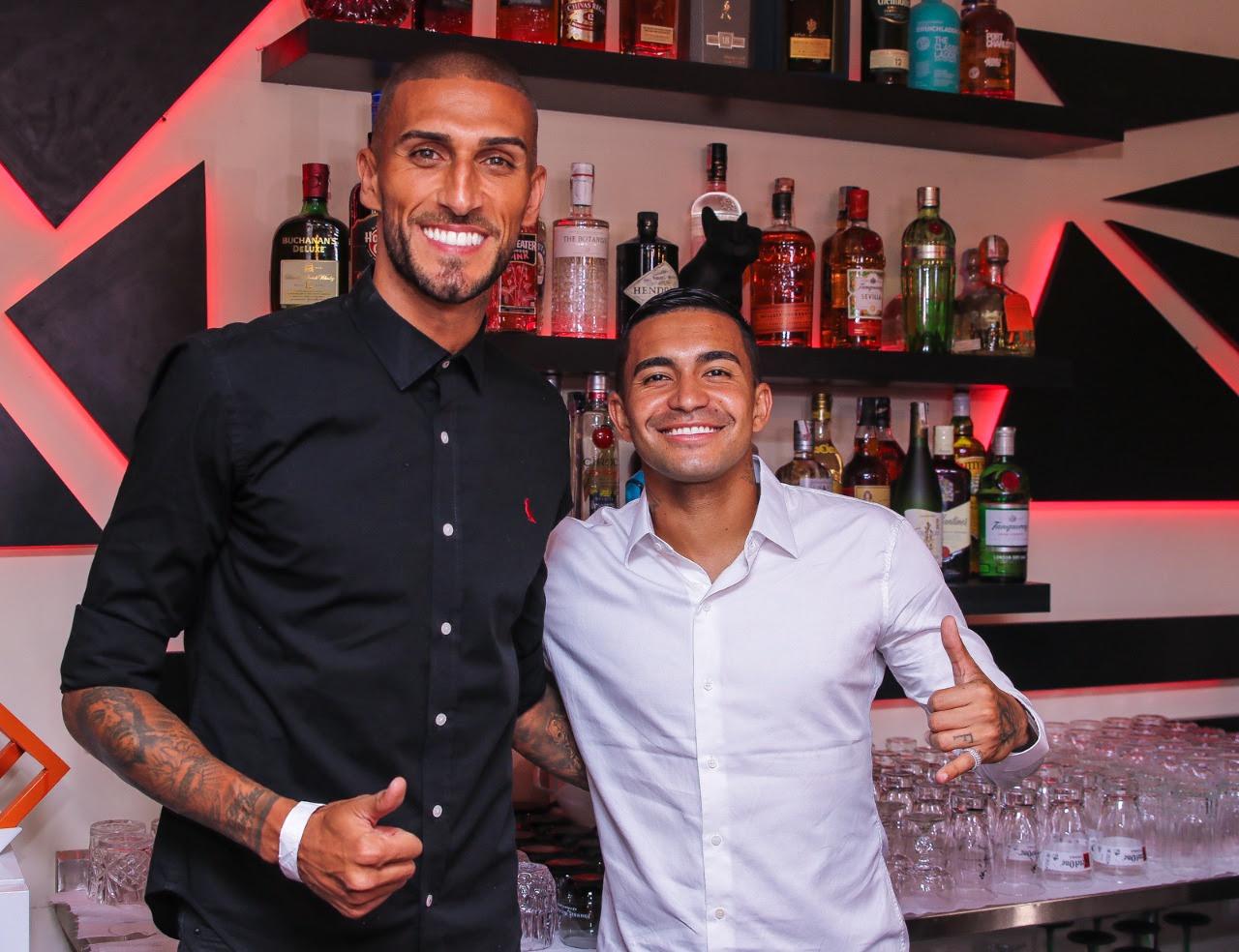 Dudu e Rafa Marques inauguram bar gourmet em São Paulo
