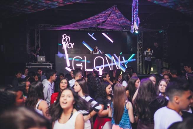 Casa Bossa recebe a Festa Glow Teen 7 (30/3)