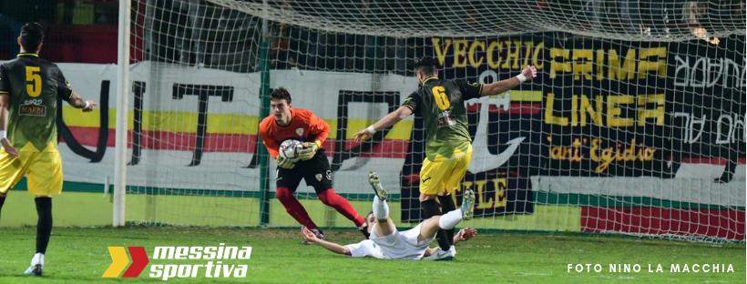 Goleiro brasileiro brilha em semifinal da Copa Itália