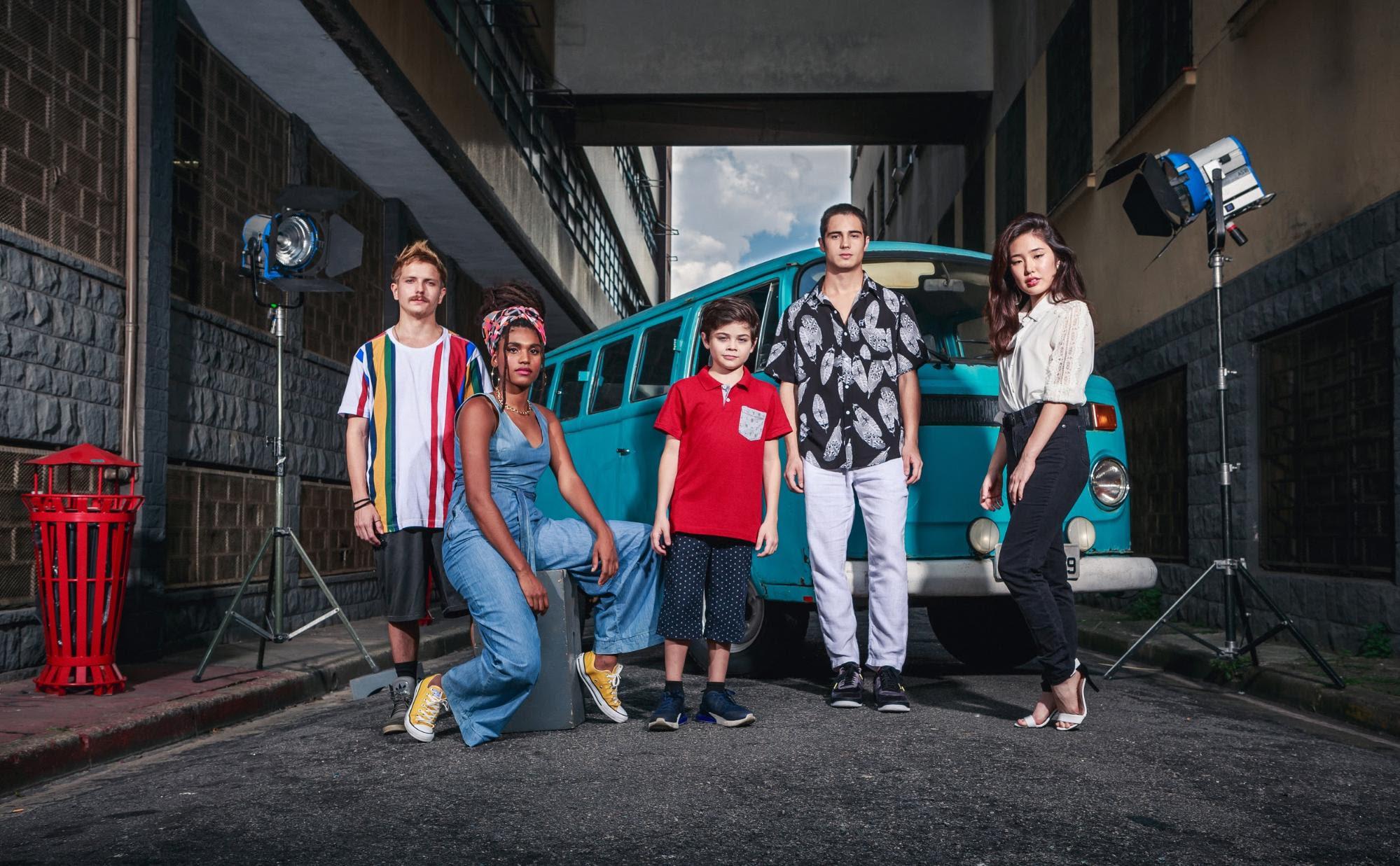 Netflix apresenta o elenco de Spectros