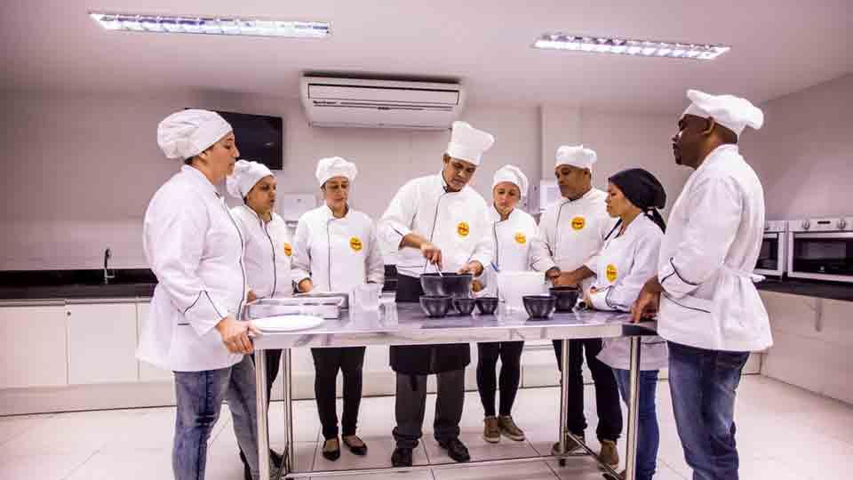 Instituto Gourmet lança workshops para quem deseja ganhar dinheiro na Páscoa