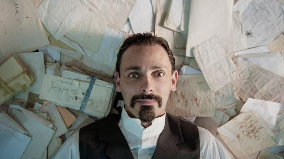 """Sesc Pinheiros recebe o espetáculo """"Rilke"""", com Ivo Müller e direção de Arieta Corrêa, até 11 de maio"""