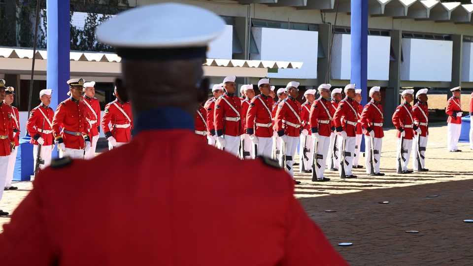 Continuam abertas as inscrições para concurso de nível Médio e Médio/Técnico da Marinha do Brasil