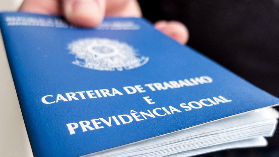 Brasil abre 32.140 novas vagas de emprego em maio