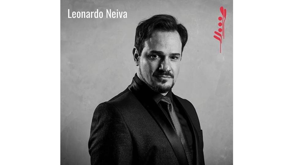 """Leonardo Neiva se apresenta no festival """"Vermelhos 2019 – Música e Artes Cênicas"""""""