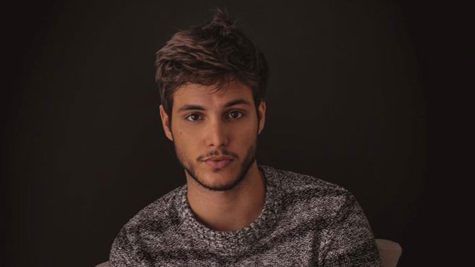 Ator Bruno Guedes conta mitos e verdades sobre a carreira no meio artístico