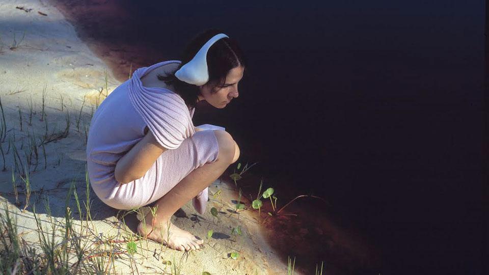 Brígida Baltar apresenta a maior exposição de sua obra filmográfica no Espaço Cultural BNDES