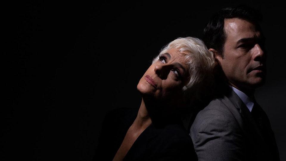 O argentino Emiliano Dionisi vem ao Brasil assistir à adaptação de seu premiado espetáculo 'Monstros', nesta sexta-feira, 11/10