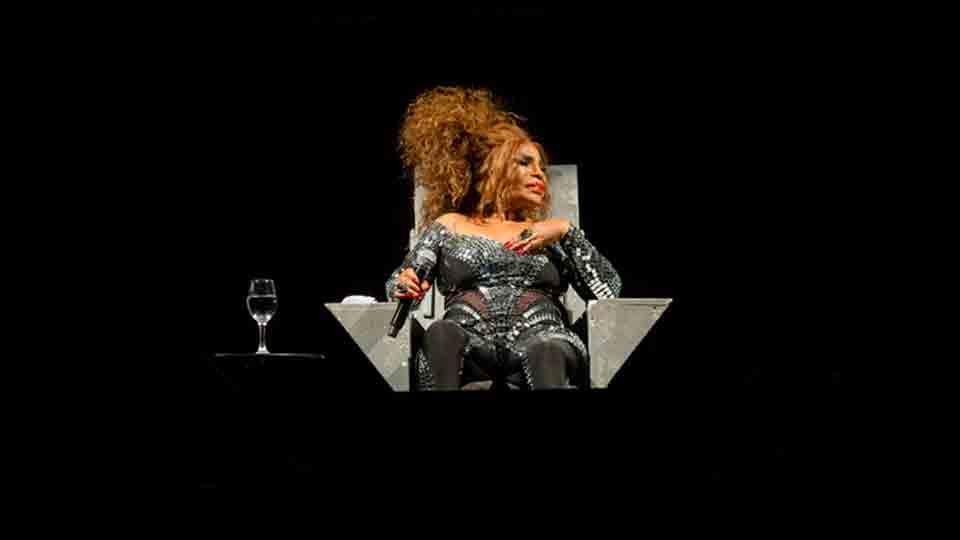 Elza Soares faz show gratuito no encerramento do projeto 'Março Delas' do Sesc RJ