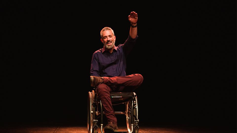 Ícaro, de Luciano Mallmann, estreia no Sesc Ipiranga