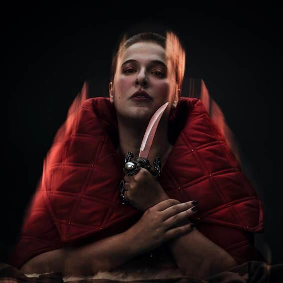 """Alice Caymmi lança """"Electra"""", seu 4º disco, gravado ao vivo em apenas dois dias"""