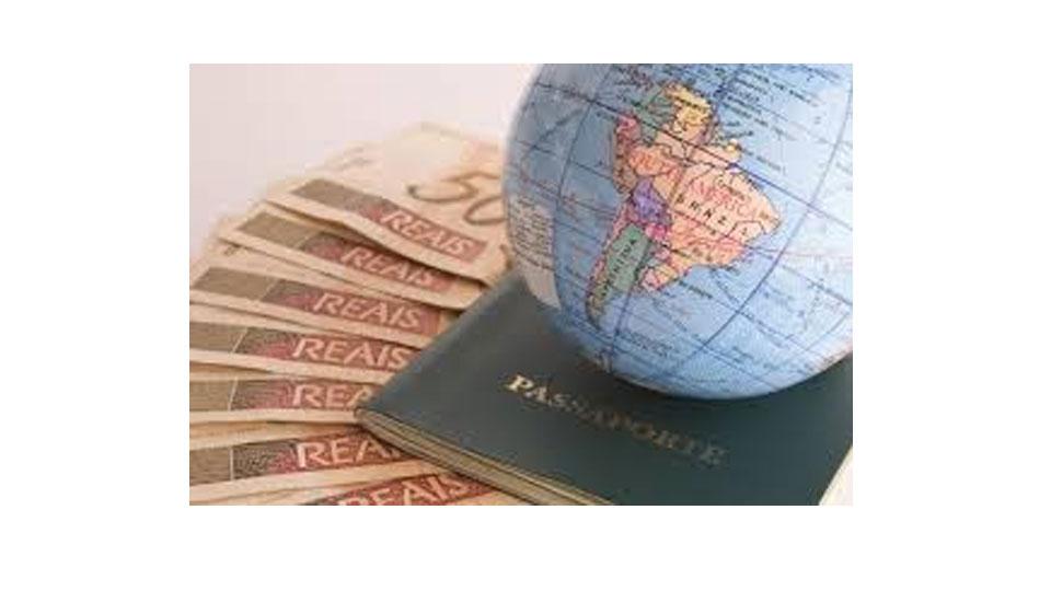 Pesquisa indica que 47% dos brasileiros pretendem reduzir os gastos nas próximas férias