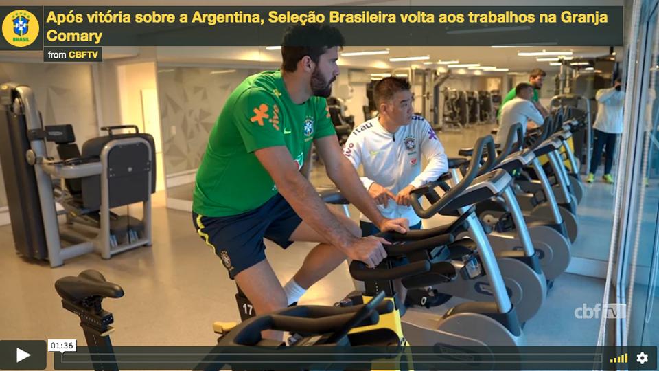 De volta à Granja Comary, Seleção Brasileira faz primeiro treino para final com o Peru
