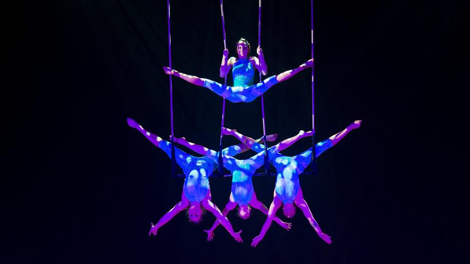 Grupo acrobático austríaco Zurcaroh apresenta espetáculo inédito em São Paulo neste domingo