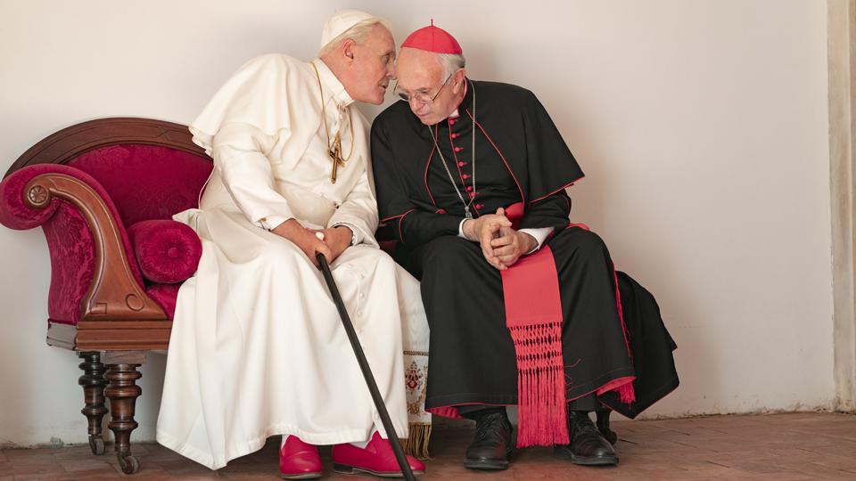 Netflix revela a primeira imagem de Anthony Hopkins e Jonathan Pryce no novo filme original Dois Papas
