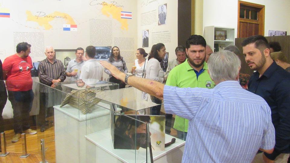 Emoção e homenagens marcam evento comemorativo do Museu Mário Fava em Bariri SP