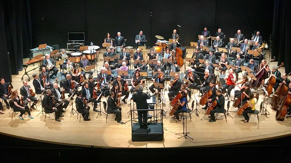 Jazz Sinfônica Brasil e Leila Pinheiro juntos em apresentação única no Teatro Sérgio Cardoso