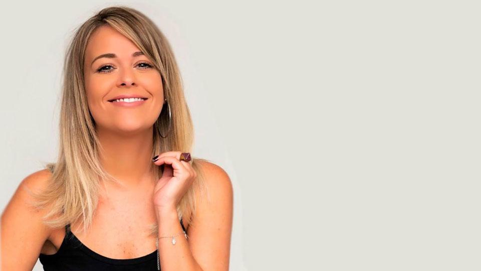 Marcela Tavares chega em São Paulo para apresentação de novo show