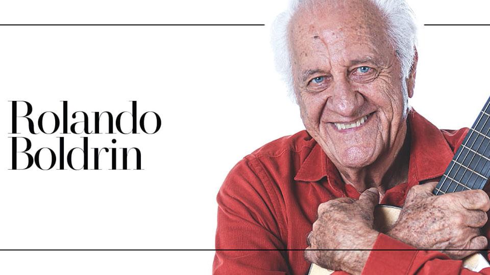 """Rolando Boldrin apresenta seu espetáculo """"Cantador de Histórias"""" em São Paulo"""