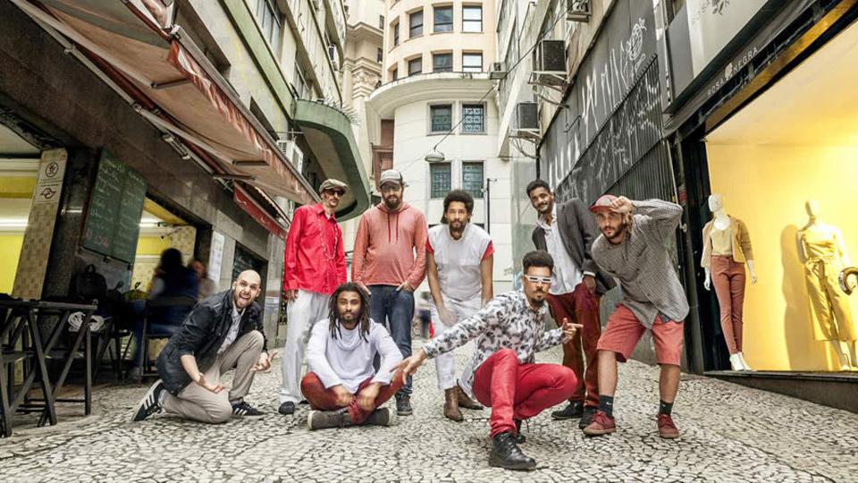 A big band Associação Livre Invisível faz show gratuito de lançamento de novo álbum no CCSP
