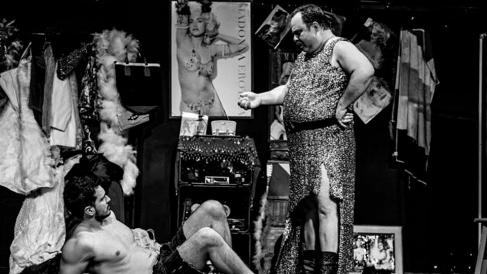 Montagem de texto premiado de Zeno Wilde aposta em humor ácido – a partir de 5 de fevereiro
