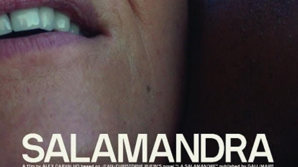 """Selecionado para o Festival de Veneza, """"Salamandra"""", de Alex Carvalho, divulga teaser e cartaz exclusivos"""