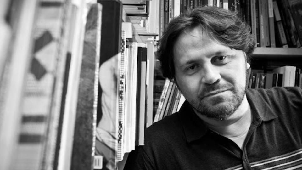 """Escritor Marcelino Freire conduz oficina e concurso """"Vivências Literárias"""""""